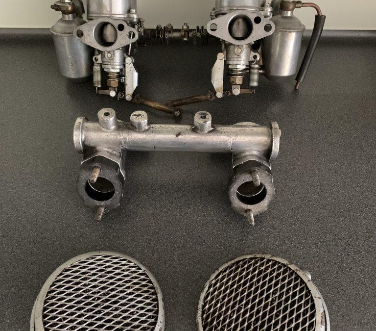 A: 2 Carburateurs